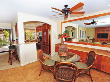 Dining from unit 2B Ekahi Village, One Bed-Two Bath Ocean View