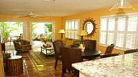 STARFISH - SUNNY TOWNHOME in QUIET TRUMAN ANNEX TWO BLOCKS FROM DUVAL ST.