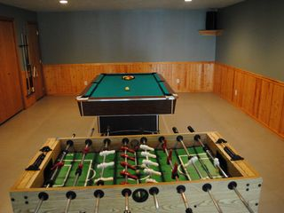 Lake Roosevelt house photo - Rec room. pool table and foosball table