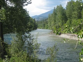 Mazama cabin photo - Methow River a Short Walk Away