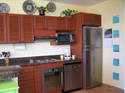 Fully Equipped Kitchen With Granite Counters & Stainless Appliances