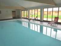 Stunning Barn Conversion, Luxury Home With Private Indoor Pool and Games Room