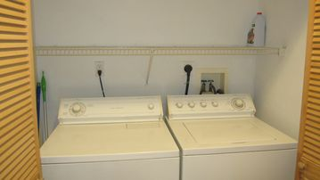 Washer and dryer on 1st floor, not in basement