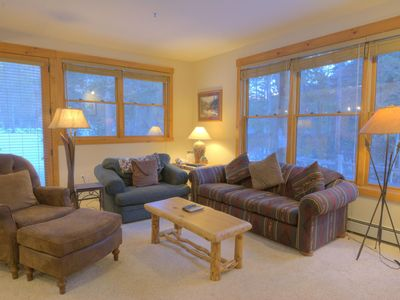 8782 Trappers Crossing - a SkyRun Keystone Property - Living Room - Relax after a long day in the spacious living room in front of the roaring gas fireplace.