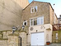 JOURNEYMAN LOFT, pet friendly in Skipton, Ref 12252
