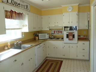 Avalon cottage photo - Kitchen and enclosed laundry