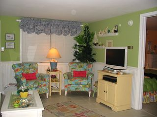 Wildwood Crest condo photo - Living Room w/Flat Screen Cable TV & DVD&