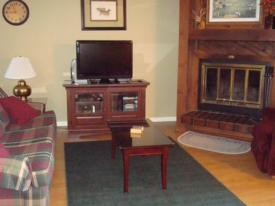 Living Rm: Cable/Flat Screen/ DVD/Wood-burning fireplace! Loveseat not shown
