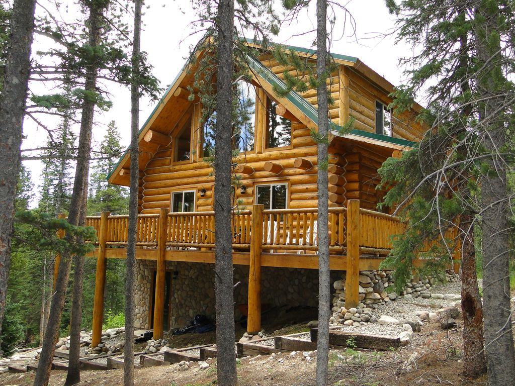 Pinecone Mountain Cabin Luxurious Log Cabin Near