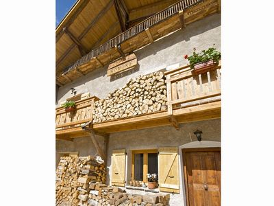 Very spacious and luxurious chalet with fire place, sauna