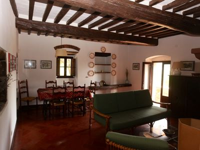 Rural Farmhouse LOGGIA culture food and history, child friendly