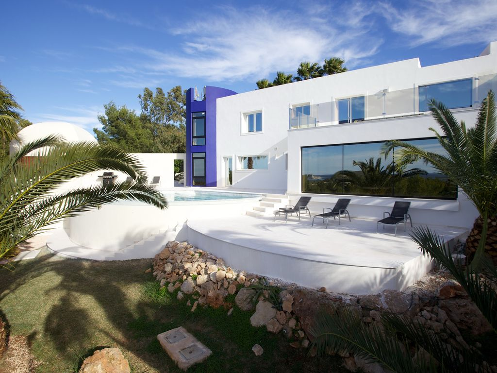he Blue ower, ala onta: Wonderful modern villa with infinity ... - ^