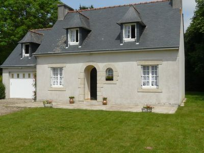 Spacious traditional Breton house nestled in a hamlet of Pouldreuzic