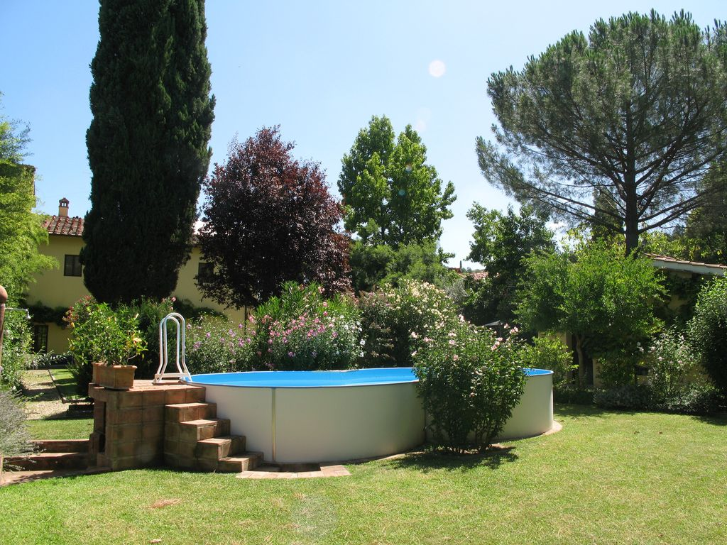 Apartment 39 le corti 39 typical farmhouse big garden with for Big garden pools