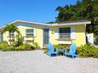 Angel Fish Cottage - Steps to Beach - Private Heated Pool