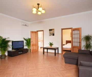 1 Bedroom LUX Apartment in New Mini Hotel near Stadium