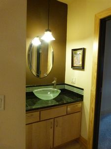 Beautiful sink between bedrooms