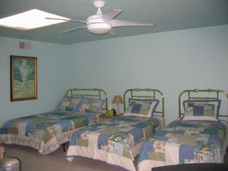 Brigantine townhome photo - Third floor bedroom