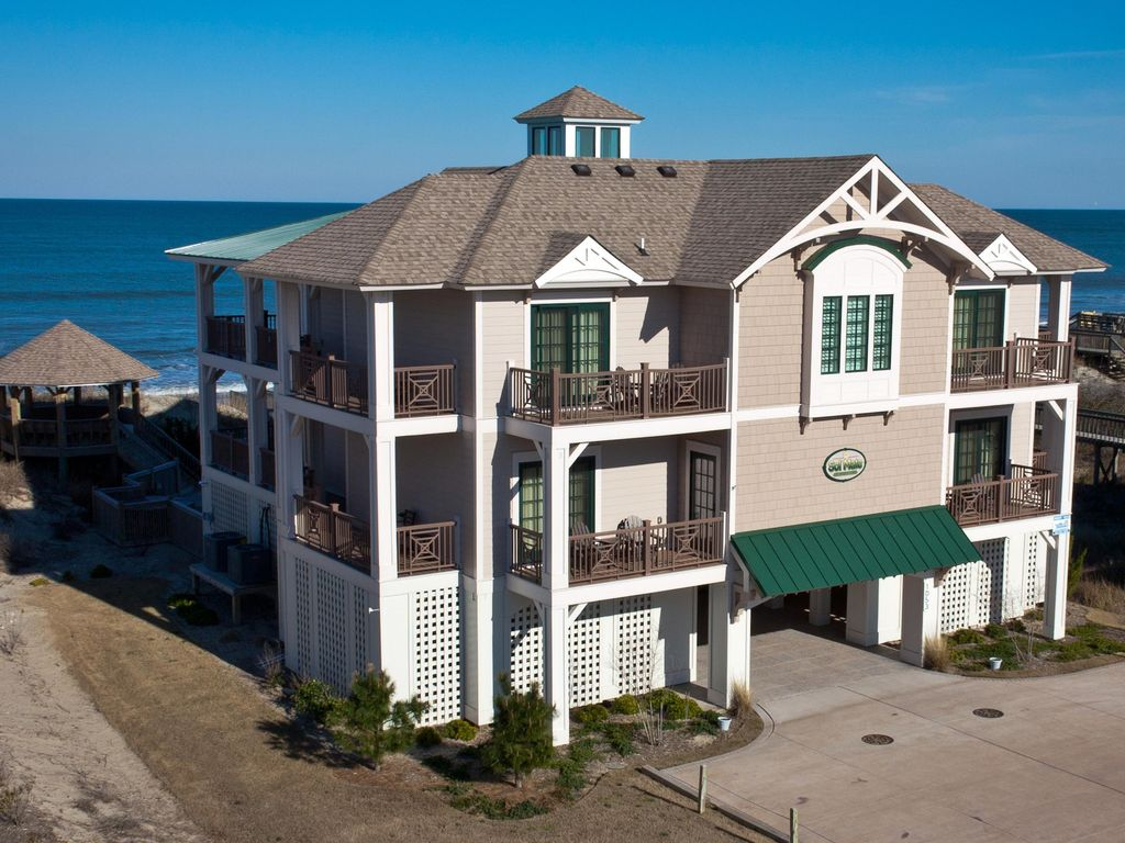 Whalehead beach vacation rental vrbo 633453 10 br for Outdoor elevators for beach houses