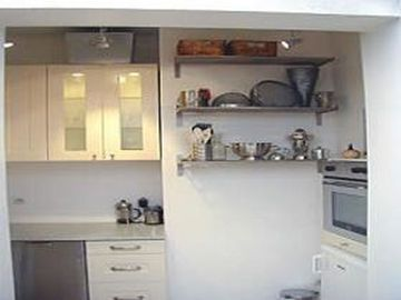 One bedroom: Kitchen