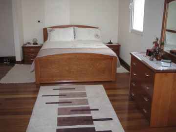 Main bedroom with en-suite bathroom