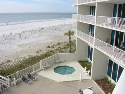 Gulf Shores condo rental - One of two hot tubs angled looking towards the west view