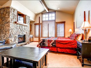 Baldy Mountain Breckenridge house photo - Floor to Ceiling Stone Fireplace in the Master