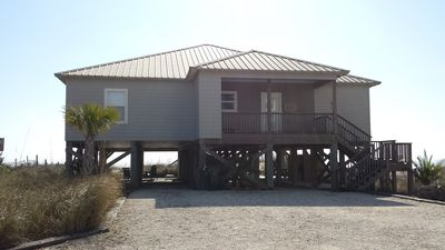 Faith Haven, Located Directly on the Beach!! New 4BR/4BA Private Home