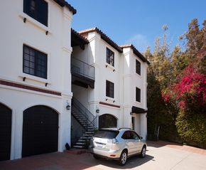 Encinitas condo photo - Front of building