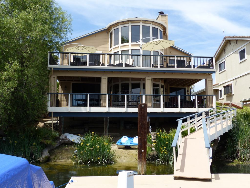 Large Group Vacation Rental 68