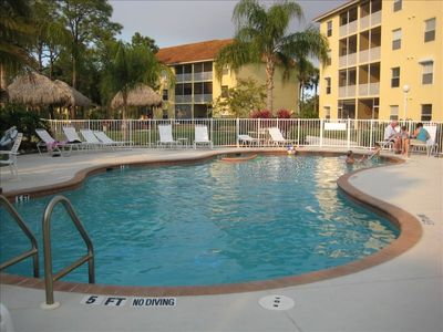 Shared Pool, Hot Tub, BBQ, Community Room