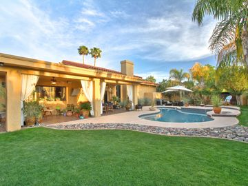 Kierland Scottsdale house rental - Resort-style backyard