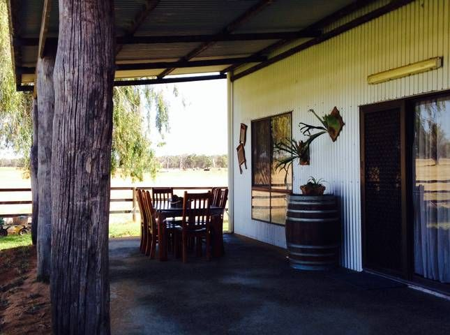 The Hay Shed-Self contained Farmstay