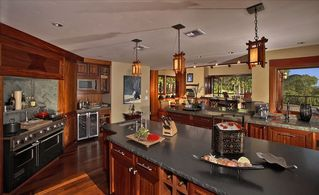 Kula estate photo - Kitchen and Entertainment Area, Professional Viking, Wine cooler, two dishwasher
