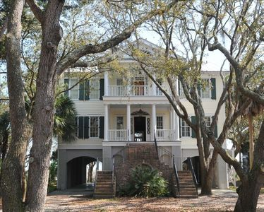 Gorgeous antebellum style home inspired by Edisto's famed Seabrook Plantation.