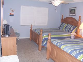 Redington Shores condo photo - 2nd bedroom w 2 queens