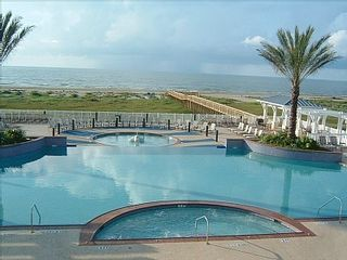 Galveston house photo - hot tub, infinity pool and kiddie pool at the fabulous Beach Club.