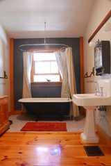 Wellfleet house photo - Full Bath