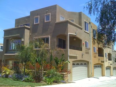 Pacific Beach townhome rental - Front view