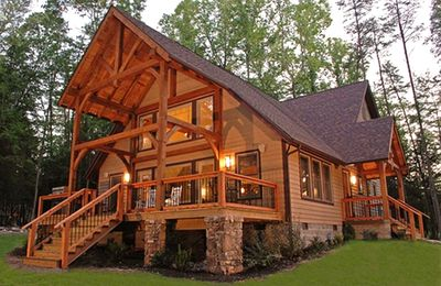 Hico house rental - The Vandalia House - Handcrafted Timber & Stone - Gourgeous Inside & Out