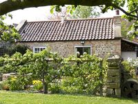 THE SUN HOUSE, luxury holiday cottage in Ferrensby, Ref 5251