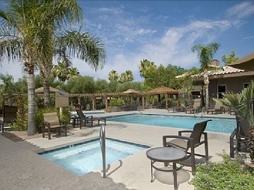 Kierland Scottsdale condo rental - Pool area