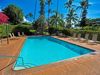 Kaanapali cottage photo - The larger of the resort's two swimming pools is only steps from Dolphin Cottage