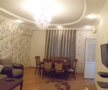 Seaview Apartment on Eliyar Eliyev Avenue