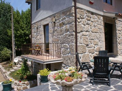 Detached house with private terrace on the estate. Peace, nature and privacy.