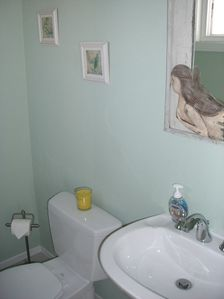 Hermosa Beach condo rental - Half bathroom