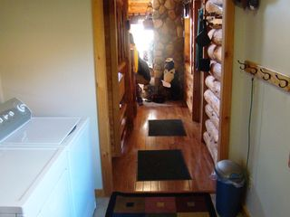 Crandon cabin photo - Mud room/laundry.