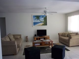Aruba villa photo - Spacious Living room with Flat screen tv, cable and free wifi cool & comfortable