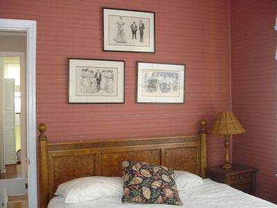 Second Bedroom-Cozy Queen Sized Bed, Beautifully Decorated in Charleston Style