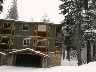 Mammoth Lakes townhome photo - Town Home-Front w/entrance to underground parking